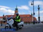 Elektryczny skuter policyjny w akcji