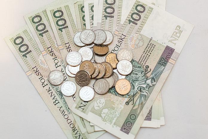 Chwilowki.pl pomagają wybrać szybką pożyczkę online - Biznes.W przekonaniu, że chwilówki to drogie pożyczki niestety jest sporo prawdy.  Decydując się na zaciągnięcie takiego zobowiązania, musimy liczyć się ze  znacznie ...