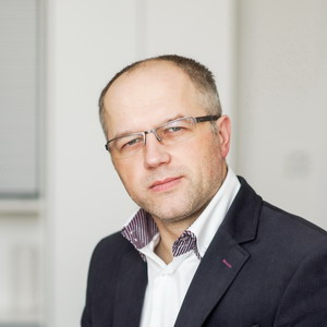 dr inż. Paweł Tadejko