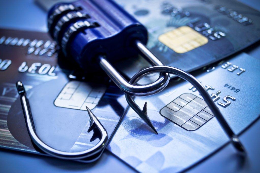 Kradzież poufnych danych w internecie