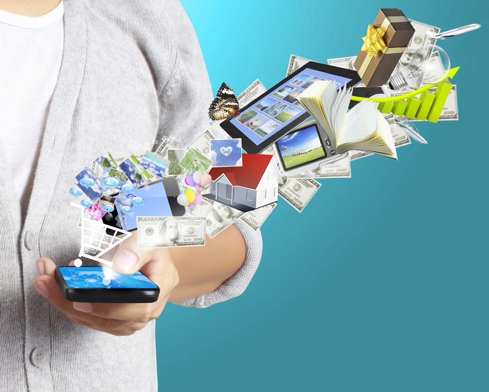 Mobilny internet, fot. violetkaipa / shutterstock.com